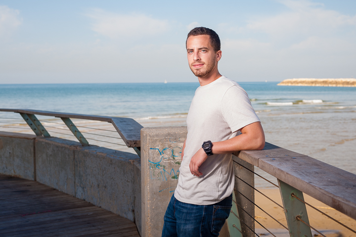 Aaron, from New Jersey, relaxes in Namal Tel Aviv a week before joining the IDF.